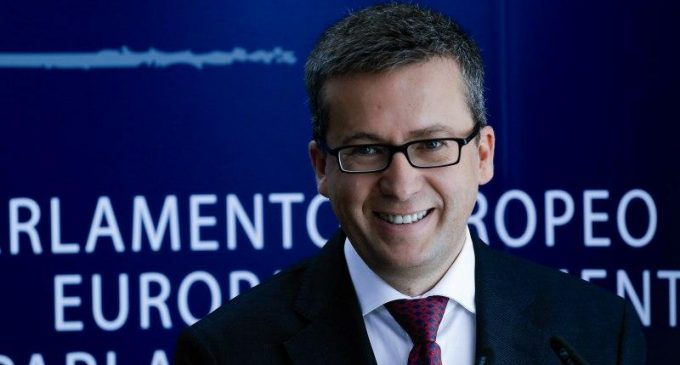 Commission guide: Moedas wants 'Europe to be the place to do research'